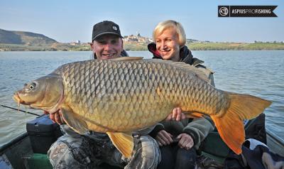 ebro-wyprawy-na-ryby-wwwprzewodnicywedkarscy-62.jpg